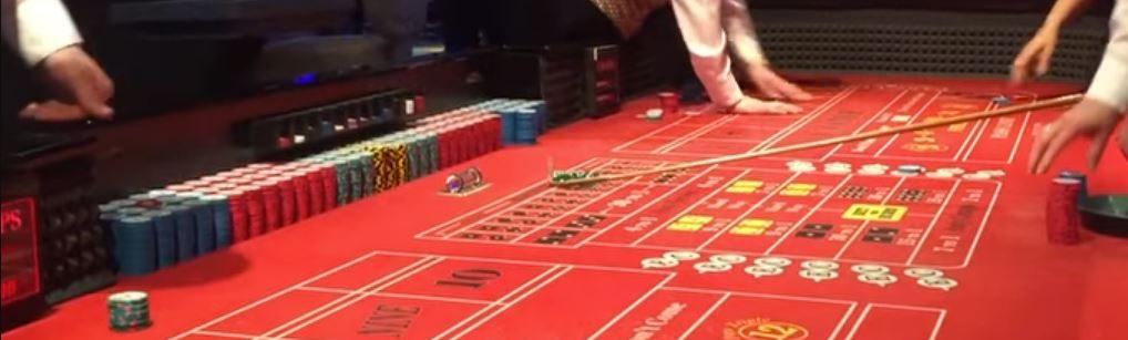 Crapstafel in een fysiek casino